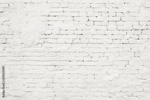 Fond de hotte en verre imprimé Brick wall White Rustic Texture. Retro Whitewashed Old Brick Wall Surface. Vintage Structure. Grungy Shabby Uneven Painted Plaster. Whiten Facade Background. Design Element.