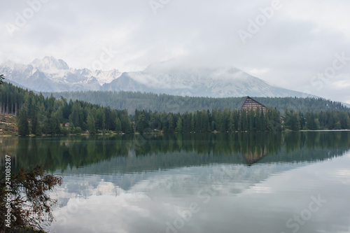 Photo sur Aluminium Piscine Strbske Pleso