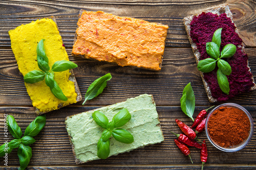 Valokuva  Hummus appetizer, tasty vegetarian snack