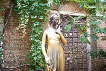 Statue Of Julia Capulet In Verona / Romeo And Juliet By William Shakespeare