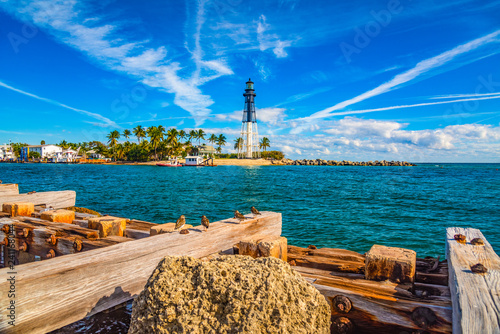 Photo  Lighthouse and Waterway near Fort Lauderdale, Florida, USA
