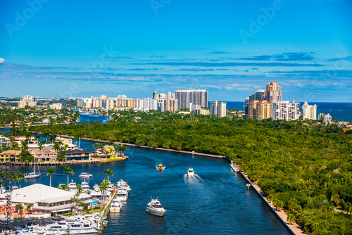 Photo  Sunrise Bay in Fort Lauderdale, Florida, USA