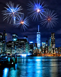 Fototapeta Nowy Jork - Fireworks over New York City skyscrapers