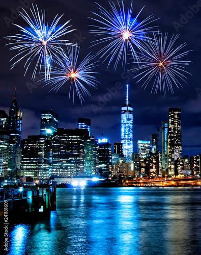 Foto op Canvas Amerikaanse Plekken Fireworks over New York City skyscrapers
