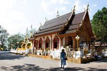 Thai People Posing For Take Photo At Wat Phra That Doi Tung In Chiang Rai, Thailand