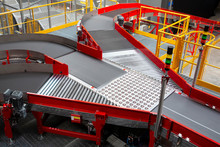 Conveyor Sorting Belt At Distr...