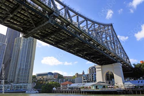 Spoed Foto op Canvas Oceanië The Story Bridge spanning over the Brisbane River Queensland Australia