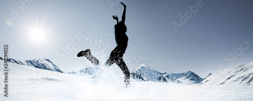 Sprung im Schnee