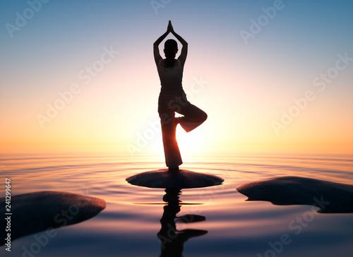 Yoga - Sonnenuntergang am Meer