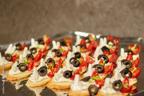 Deurstickers Assortiment Canapes on a tray