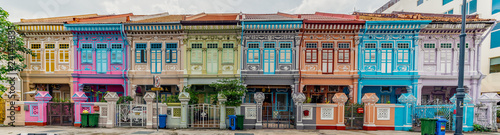 Photo sur Toile Retro Wide panorama image of Colorful Peranakan House at Katong, Singapore