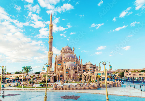 Foto auf AluDibond Afrika big beautiful mosque sharm el-sheikh. Selective focus