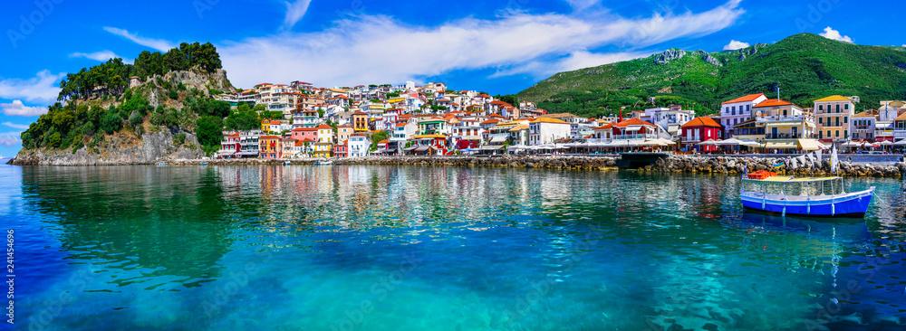 Fototapety, obrazy: Colorful Greece - beautiful coastal town Parga. Greek holidays