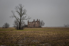 Scary Abandoned Mansion Next T...