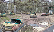 Abandoned Amusement Park In Ch...