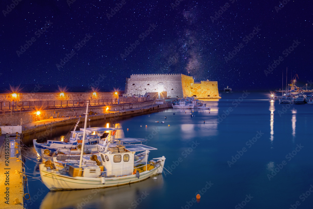 Fototapety, obrazy: Heraklion harbour with old venetian fort Koule and shipyards, Crete, Greece