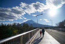 富士山を望む・富士吉...