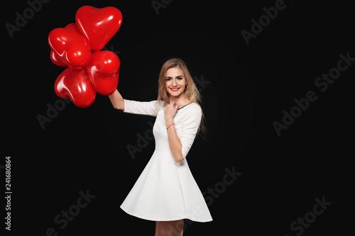 czerwone serca - Walentynki- 14 luty- święto zakochanych