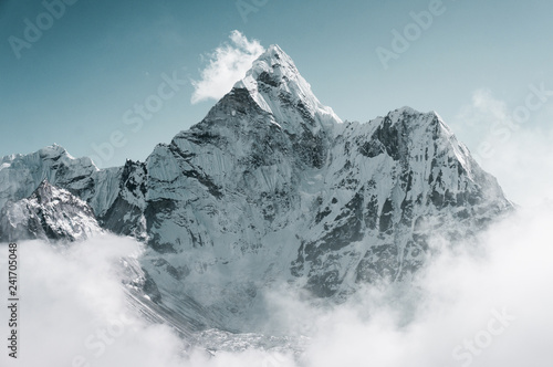 Photo  Ama Dablam peak, Sagarmatha, Nepal