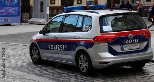 Valokuva einsatzwagen polizei