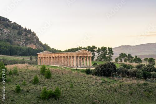 Fotografie, Obraz  Doric greek temple of Segesta in Sicily, Italy