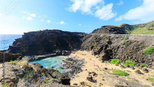 Valokuva  View of the Halona Blowhole Lookout, Tourist Attraction in Oahu island
