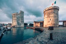 La Rochelle, Belle Et Rebelle