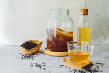 Healthy Homemade Fermented Raw Kombucha Tea, With Natural Probiotic Characteristics.