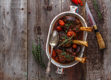 Slow Cooked Lamb Shanks With T...