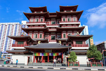 Buddha Tooth Relic Temple At Chinatown, Singapore.