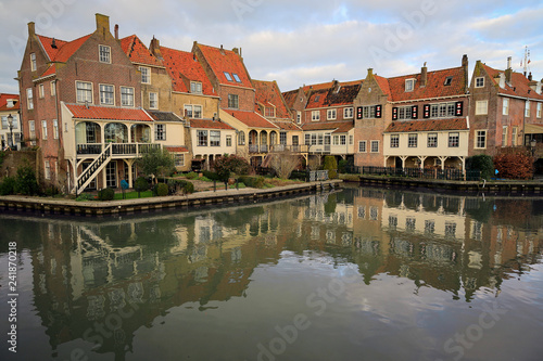 In de dag Brugge Enkhuizen has a lot to offer with its historic VOC buildings, museums, attractions and ports.