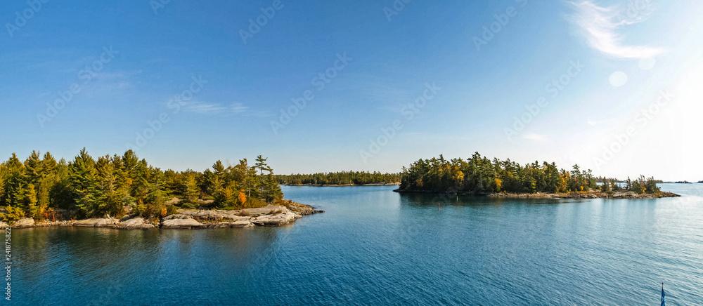 Fototapety, obrazy: Autumn on the shore of Lake Huron, a beautiful autumn landscape