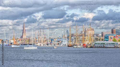 Cuadros en Lienzo Segelschiffe auf der Hanse Sail in Rostock