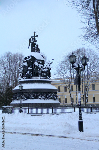 Foto op Aluminium Historisch mon. Old Russian architecture in snow in winter