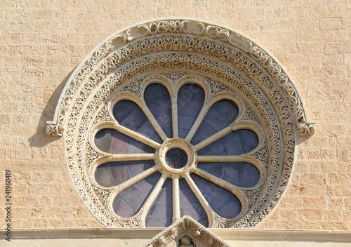 Fotografie, Obraz il rosone in facciata della Basilica di Santa Caterina d'Alessandria a Galatina