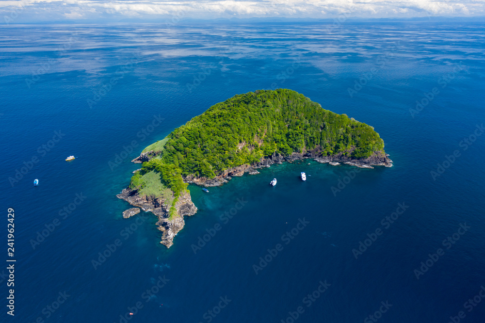 Fototapety, obrazy: Aerial drone view of a remote, beautiful tropical island surrounded by coral reef (Ko Bon, Thailand)