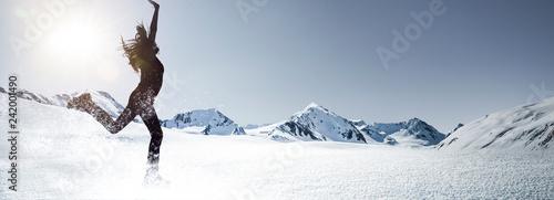 Glisse hiver Frau im Schnee