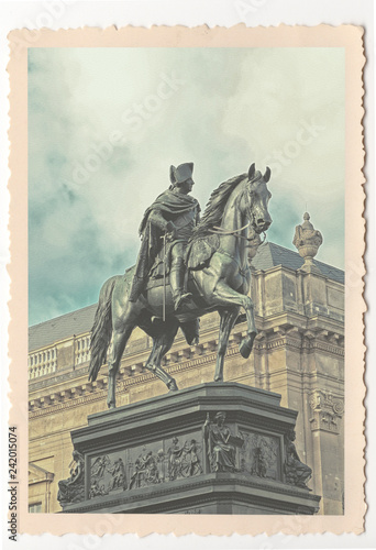 Deurstickers Historisch mon. Frederick the Great equestrial statue in Berlin - vintage photograph