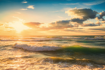 Fototapeta Wschód / zachód słońca Beautiful cloudscape over the sea, sunset shot
