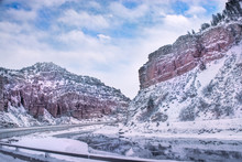 Winter Mountain Landscape. Ri...