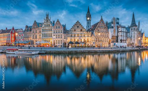 In de dag Centraal Europa Twilight panorama of Ghent, Flanders, Belgium