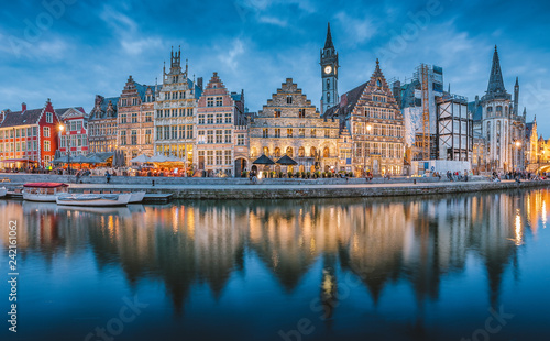 Tuinposter Centraal Europa Twilight panorama of Ghent, Flanders, Belgium