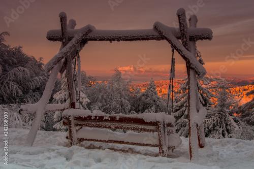 Fototapeta Tatry o wschodzie słońca widoczne z Jaworzyny Krynickiej ,Beskid Sądecki. obraz