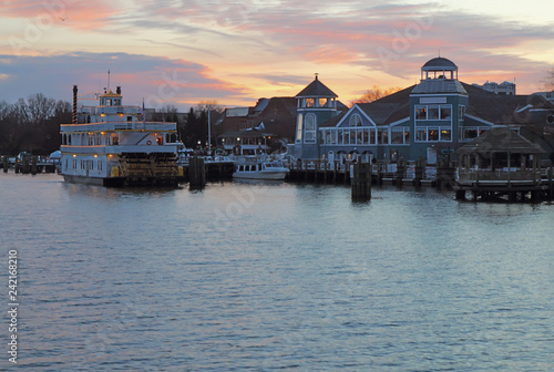 Foto op Plexiglas Verenigde Staten Boats and waterfront of Alexandria, Virginia