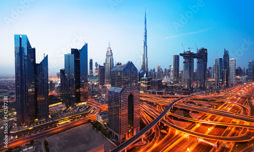 Tuinposter Stad gebouw Dubai sunset panoramic view of downtown