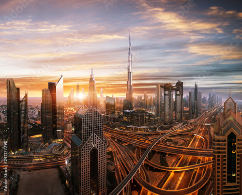 Keuken foto achterwand Stad gebouw Dubai sunset panoramic view of downtown.