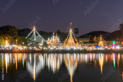 Foto  Wat Jongklang, Mae hong son, THAILAND