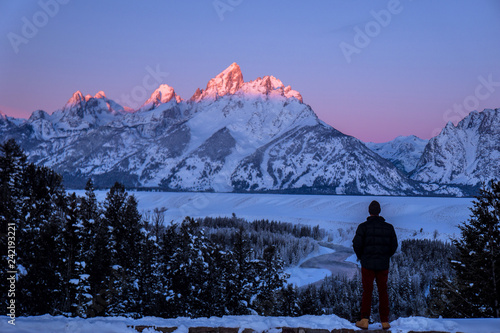 Photo  Watching the Alpenglow