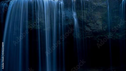 Foto op Canvas Weg in bos 滝