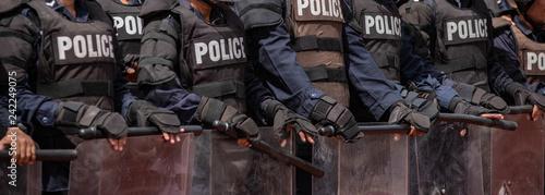 Canvastavla Police riot training